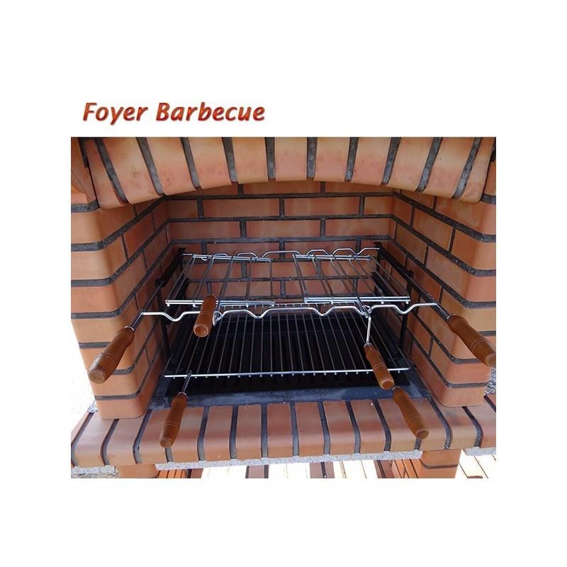 barbecue en brique rouge avec foyer acier et grilles. Black Bedroom Furniture Sets. Home Design Ideas